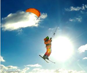 Die Snowkites von Ozonekites haben vor allem eine gute Hangtime und Lift.