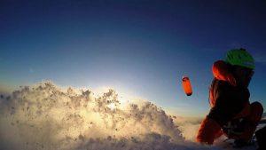 Wunderschöner Sundown am Rittner Horn in Italien mit dem Snowkite Subzero von Ozonekites.