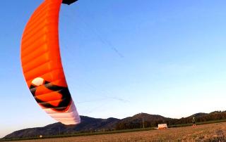 Der HyperlinkV1 von Ozonekites ist ein Kite für das Kitesurfen, Snowkiting und Kitelandboarding.