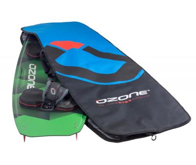 Ozonekites Twin-Tip-Board kann man mehrere Kites transportierenowkite Odenwald